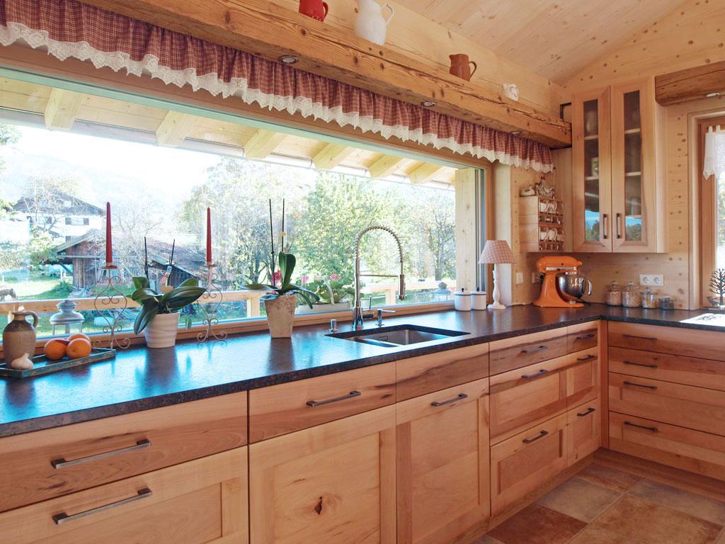 Mondholz Küche aus Ahorn